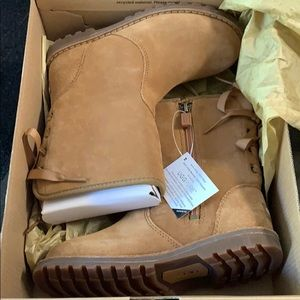 Uggs new size 10